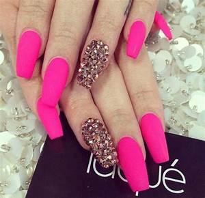 Laque Nail Bar | Matte Neon Pink Acrylic Nails w ...