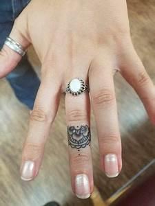 all fingers on fitness 41 tatuajes en los dedos perfectos para ti