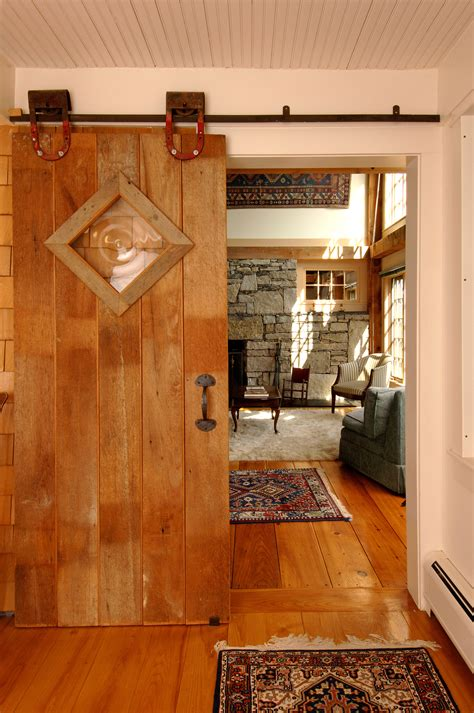 Rustic Sliding Barn Doors by How To Make A Rustic Sliding Barn Door For Your Home