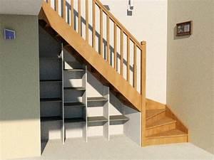 Etagere Escalier Bois : etag re sous escalier mod le basique d 39 am nagement sous escalier conomique et efficace cr ~ Teatrodelosmanantiales.com Idées de Décoration
