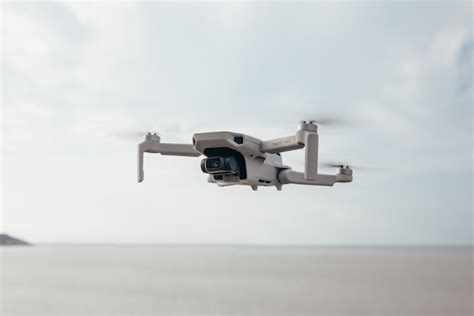 dji launches  smallest  lightest foldable drone