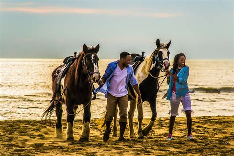 horseback beach banks outer couples virginia riding horses hopping island obx outerbanks passports required within rides va tripadvisor