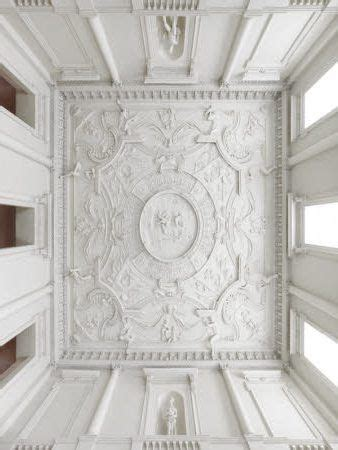 Classic Ceiling Design by Best 25 Entrance Halls Ideas On Entrance