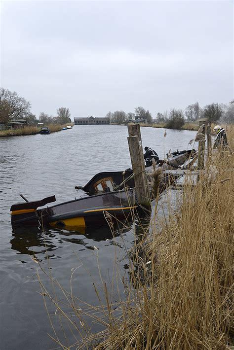 Woonboot Spaarndam by Gezonken Woonboot Brandweer Spaarndam