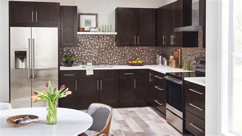 classic kitchens and cabinets about wolf classic cabinets 5434
