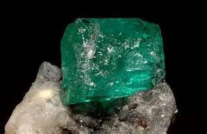 Emerald gemstone meaning  Emerald