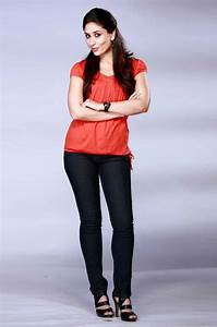 Kareena Kapoor black jeans with orange top photo | Latest HD Wallpapers