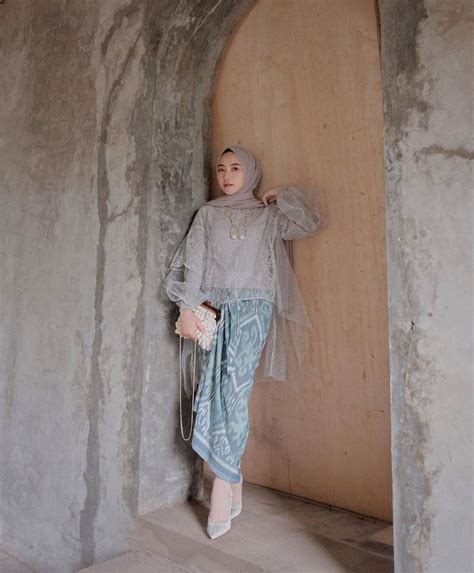 Bingung cari model baju kondangan yang cocok? Inspirasi outfit kondangan di 2020   Kebaya muslim, Casual ...