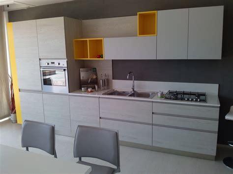Cucina Lineare Arredo3 Modello Wega Scontato Del 40 % Cod