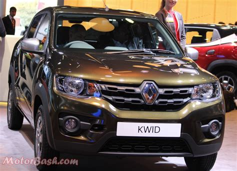 kwid renault renault kwid goes past 10k monthly sales motorbash com