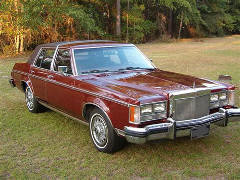 LINCOLN VERSAILLES - 271px Image #1