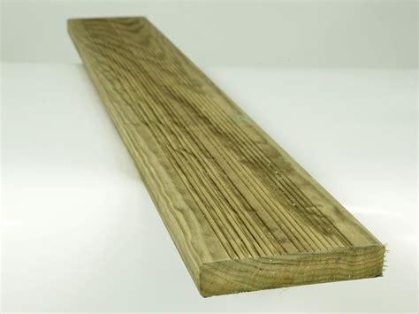 lame de terrasse pin classe 4 autoclave 30x170 terrasse bois