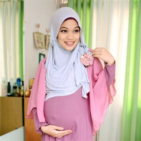 Wanita Jilbab Menyusui Dress Cantik Untuk Muslimah Related Keywords Dress