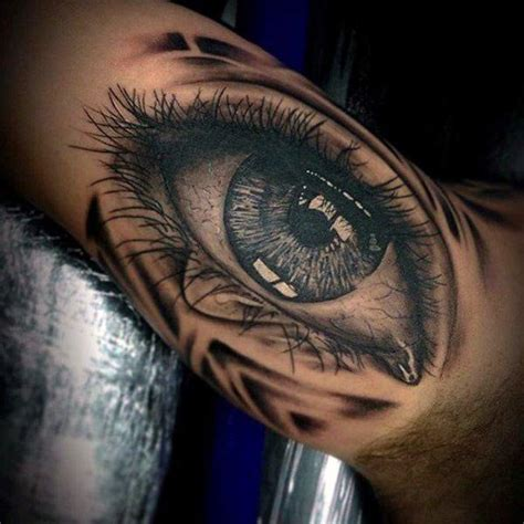 intense eye tattoos   blow  mind