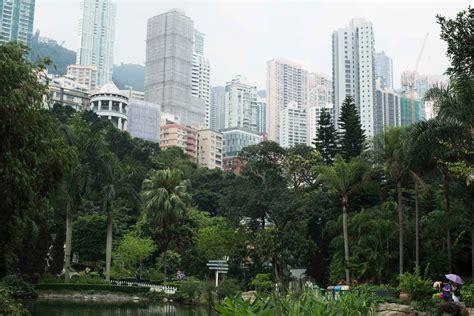 Hong Kong Travel Guide & Tips