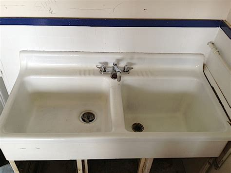 cast iron sinks for sale 28 vintage farm sinks for sale porcelain over cast
