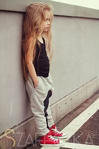 Okay, I know a little girl is wearing this outfit but how ...