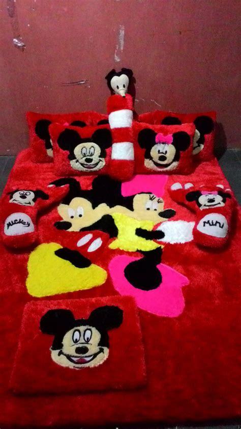 Karpet Karakter Mickey jual karpet bulu karakter mickey minni fullset di lapak