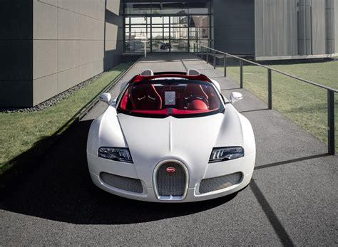 Vind talrijke aanbiedingen in de directe omgeving! Bugatti 16/4 Veyron Grand Sport 'Wei Long 2012'