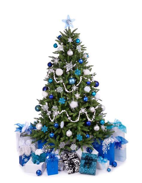 winter themed christmas tree