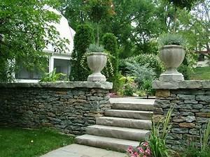 18 solutions pour creer un escalier exterieur With amenagement jardin avec pierres 16 fleurir un escalier