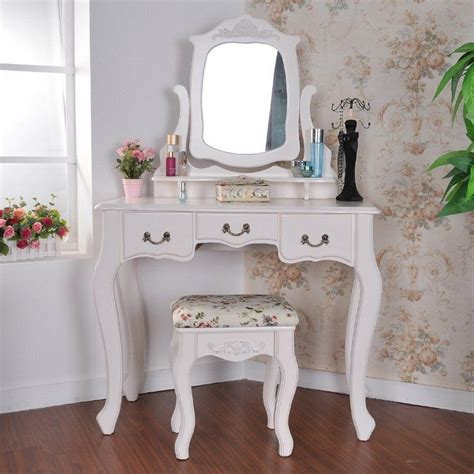 Makeup Desk With Lights And Mirror by Style Shabby Romantique En 50 Meubles Tissus Et Objets D 233 Co
