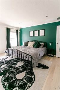 Slytherin-inspired, Bedroom