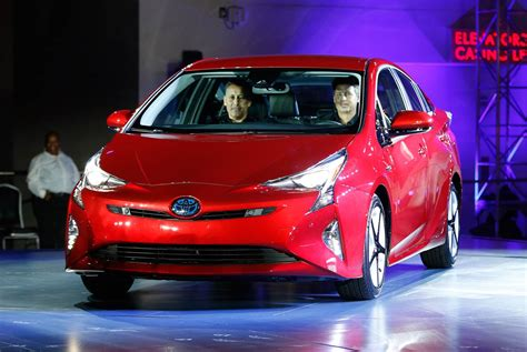 Toyota Rolls Out 4th Generation Prius, Promises 10