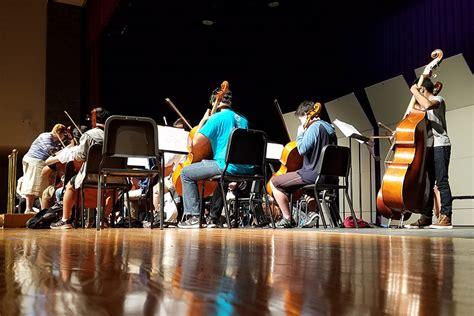 orchestra brings year close final show wingspan