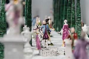 Porzellan Bemalen München : nymphenburger porzellan ein lustgarten en miniature lustwandeln ~ Markanthonyermac.com Haus und Dekorationen