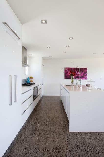 elegant white kitchen design ideas