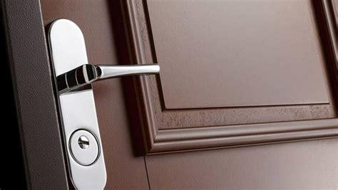 comment ouvrir une porte de chambre bloqu serrure de porte d 39 entrée bloquée que faire hop