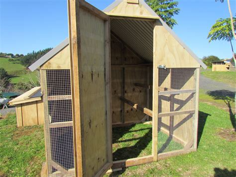 happy hen house chicken coops and animal cages