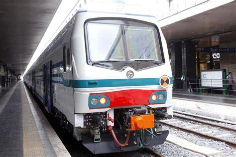 Treno Napoli Pavia by Treni Napoli Formia Roma Arrivano 800 Posti In Pi 249 Per I