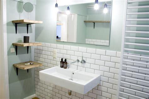 Moderne Badezimmer Mit Dusche Und Badewanne Stay Hamburg