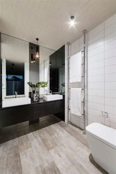 Modern Style Bathroom Mirrors by 5 Bathroom Mirror Ideas For A Vanity Contemporist