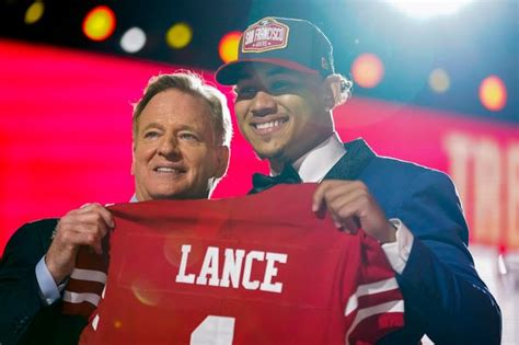 But the 49ers' future starting quarterback has impressed his teammates by his. NFL Draft: Jaguars Take Trevor Lawrence No. 1; Jets Take ...