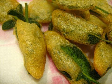 sauge cuisine recettes beignets à la sauge pour l 39 apéritif la cuisine italienne