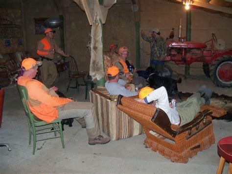 menu0027s cave bar furniture ideas v verrückter deutscher cingplatz cave