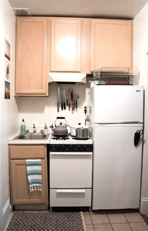 Easy Kitchen Cabinets by 17 Simple Kitchen Design Ideas For Small House Best