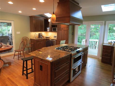 kitchen island with cooktop and seating kitchen island designs with seating and stove conexaowebmix com