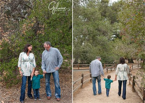 holiday family portrait session irvine regional park