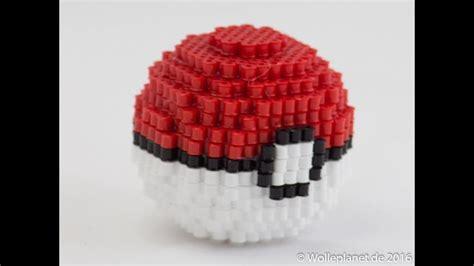 perler bead  pokeball sticken buegelperlen buegeln und buegel