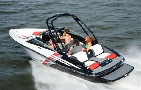 Glastron Boats Reviews 2013 by Glastron Gts 187 2015 2015 Reviews Performance Compare