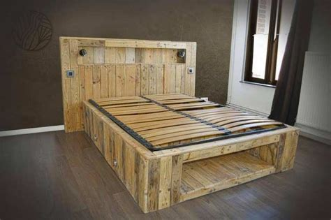 mobilier de bureau a vendre 12 créations magnifiques de meubles avec des palettes en bois