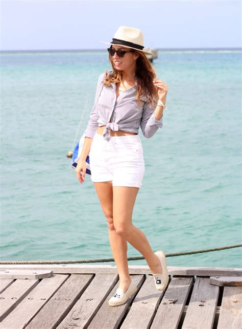 What To Wear Miami Boat Show by What To Wear On A Boat Boating Ideas Sydne Style