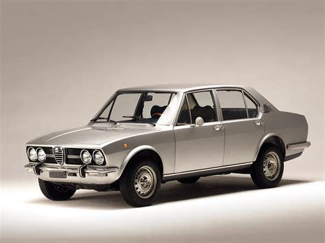 Alfa Romeo Alfetta (1972  1984) Pistonudos