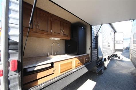 2018 coachmen sbx 321bhdsck slide