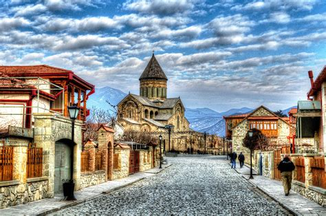 File:Old town in winter. Mtskheta, Georgia.jpg - Wikimedia ...