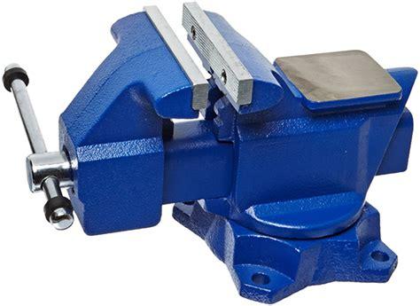 deals   day dewalt  max hammer drill  socket